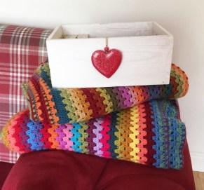yarn pegs box 9