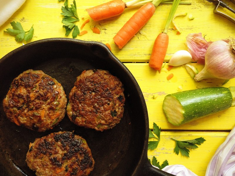 Grassfed Beef and Veggie Burgers