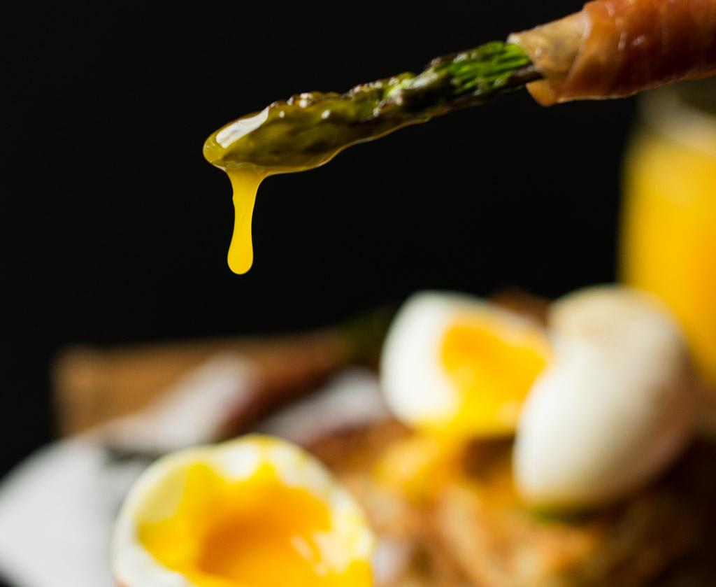 asparagus-yolk-dip