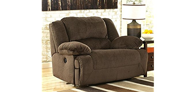 Extra Large Recliner (May 2019)
