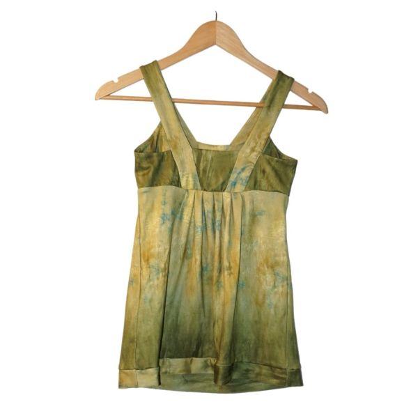 Top de alças verde de efeito pintado - reCloset roupa em segunda mão