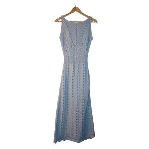 Vestido em malha crochet azul claro - reCloset roupa em segunda mão