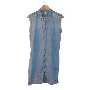 Vestido camiseiro em ganga clara com bordado - reCloset roupa em segunda mão