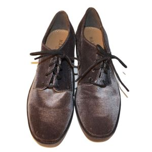 Sapatos aveludados cinzentos - reCloset roupa em segunda mão