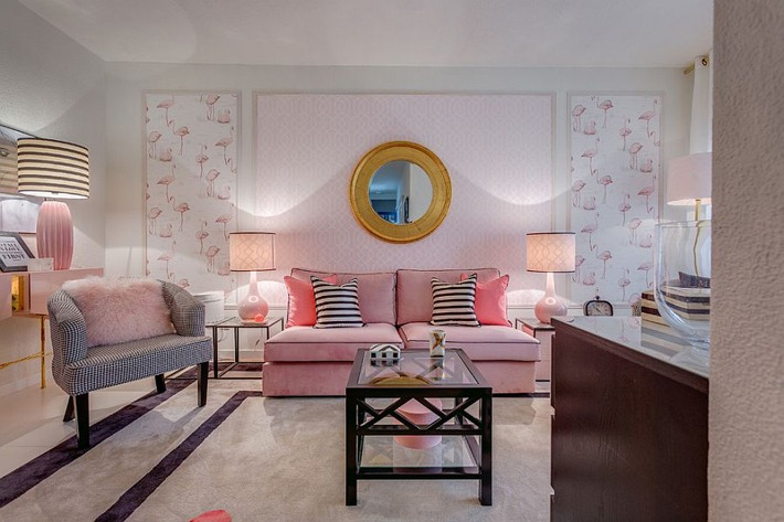 20 Classy and Cheerful Pink Living Rooms