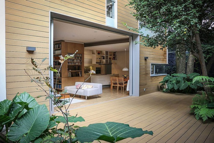 Nirau House: Outdoor Living