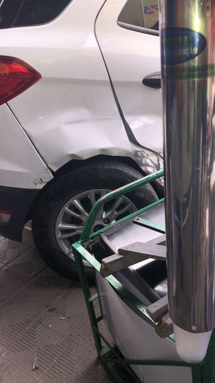 SAJ: Veículos colidem nas quatro esquinas