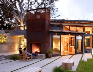 outside-fireplace-design-idea-outdoor-fireplace-attached-house-1