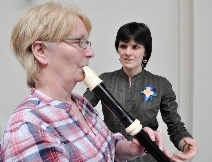 Alexander Technique for recorder - Jen teaching a recorder player