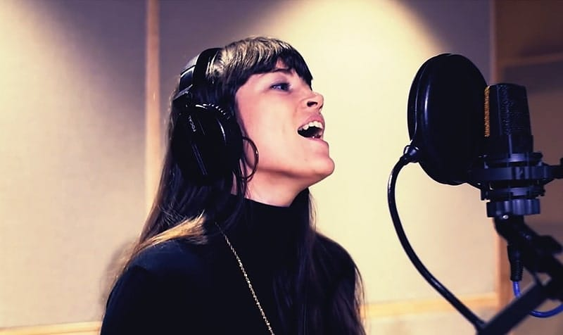 Learn How Top Producers Get the Best Vocal Takes