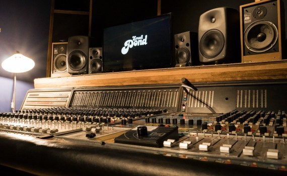 Pros and Cons Monitoring Options for Mixing