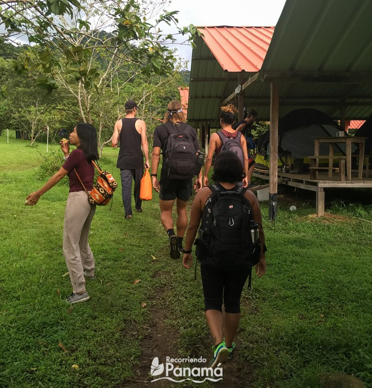 Starting the hike to the Jaguar Waterfall.