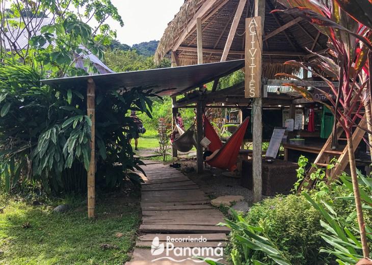 Social area in Kalu Yala