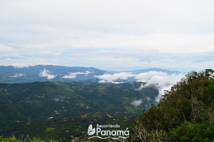 Parte de atrás del Cerro Picacho