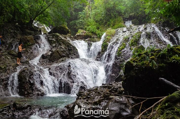 El Águila waterfall, in Coclé.