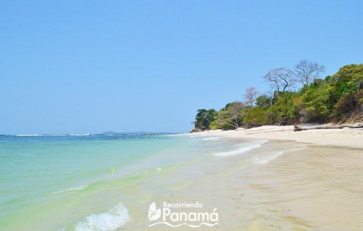 Playa de Isla Bolaños