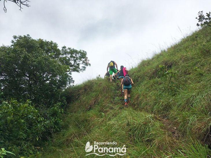 Ascent from Cascada Las Damas.