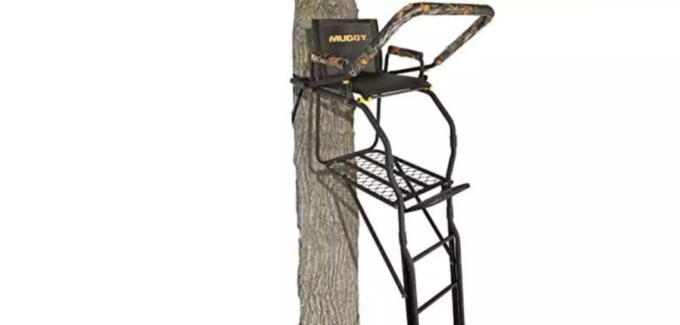 Muddy Skybox Deluxe 20 Foot Tree Stand