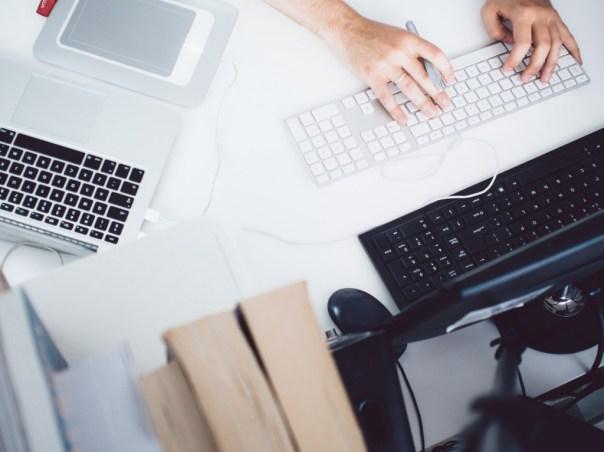 comment-proposer-services-prospects-lisent-pas-emails