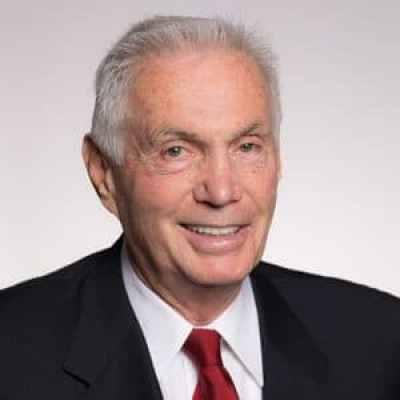 Harvey W Schiller