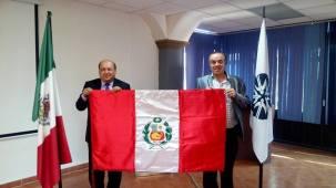 Mtro. Felipe Henríquez y Rector Francisco Javier Espinosa