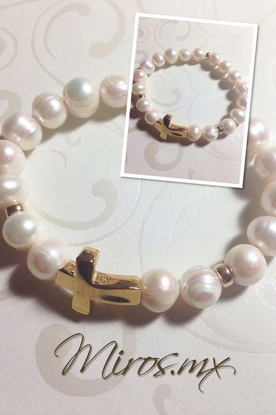 Recuerdos de Bautizo niña perlas elegante dorado cruz