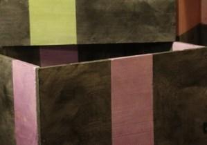 5 caisses à vin après sotch peindre couleurs différentes