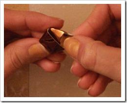 07_deco_noel_etoile_dore_papier_recup_chocolat