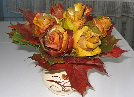 art-origami-rose-from-mapple-leaf-15