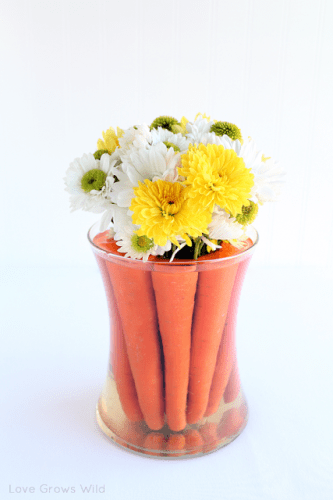 Spring centerpieces to use your extra glass vases