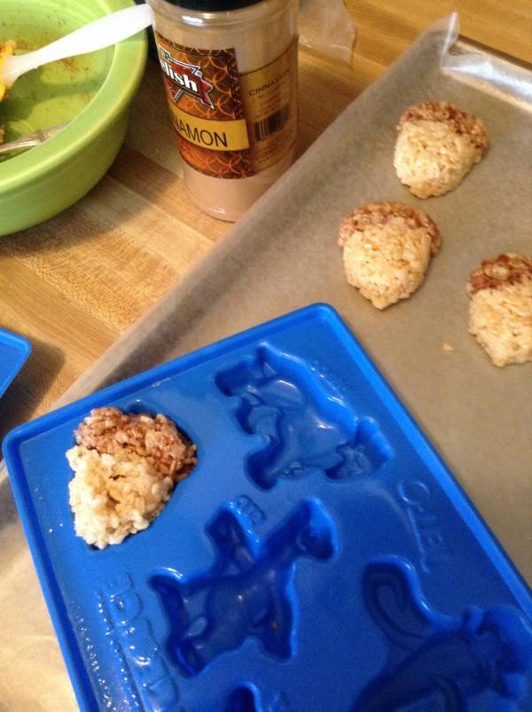 how to use Jello molds to make rice Krispie treats