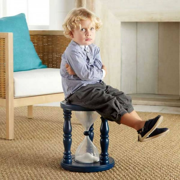 Sandglass-Time-Out-Stool3