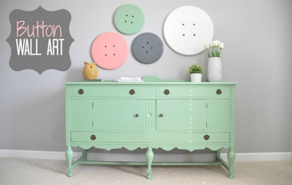 Button Wall Art Decor and the Dog_thumb[2]