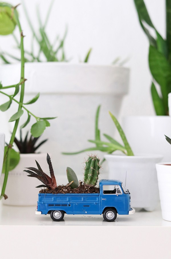 How to make a recycled toy truck succulent planter
