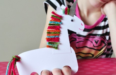 How to make a unicorn finger puppet