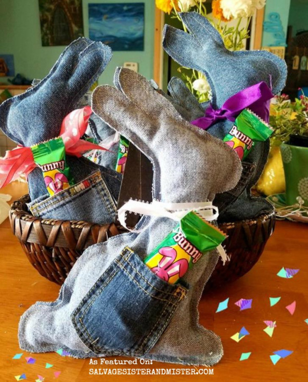 How to make a recycled denim pocket Easter bunny