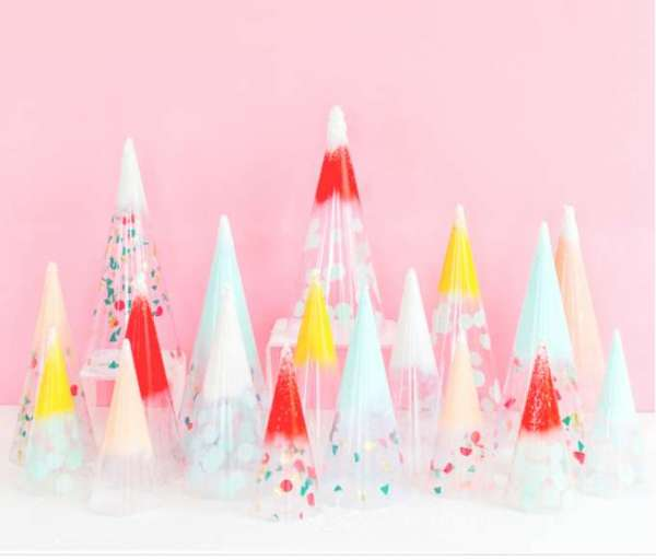 How to make modern minimal Christmas tree decorations