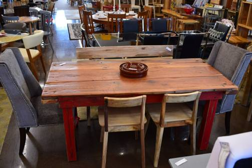 Mustache Flats Dining Table
