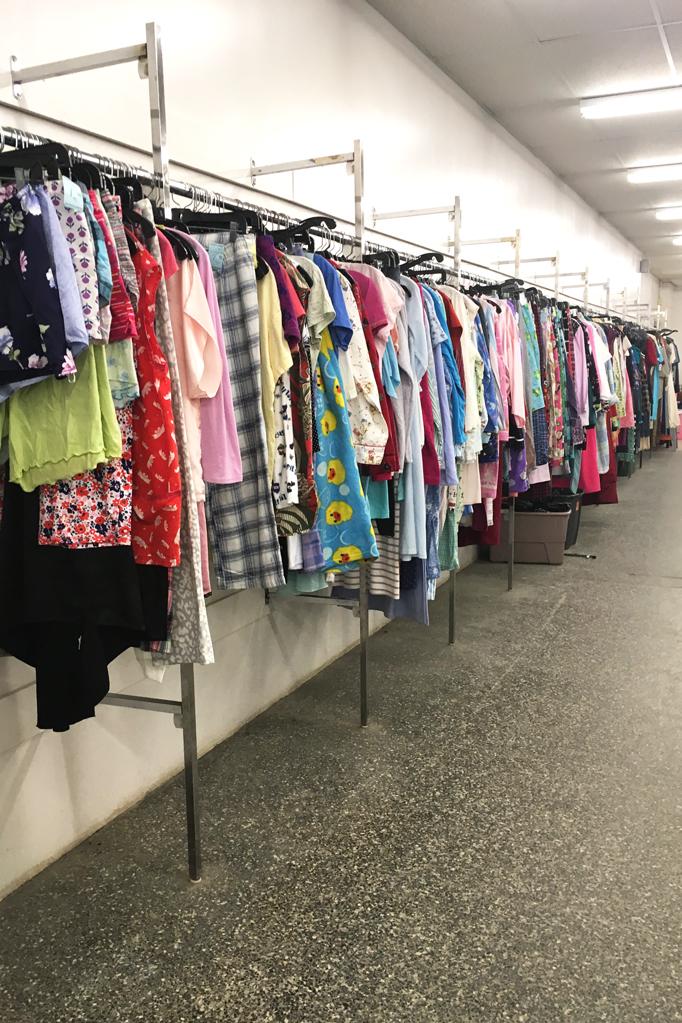 How I Thrift (Poshmark Reseller Edition)
