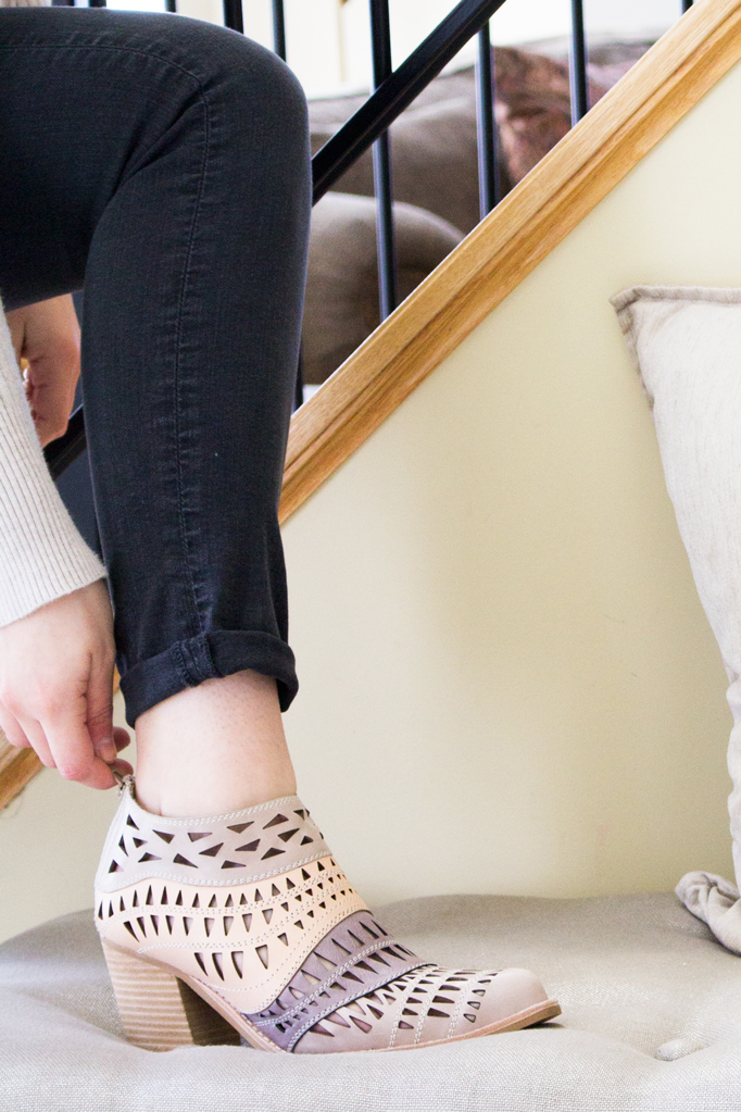 Tips on Scoring Designer Shoes for Less in Retail Stores