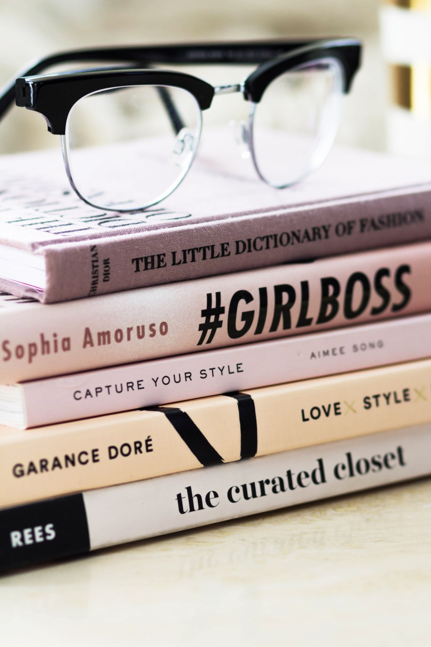 5 Books Every Girl Boss Should Read