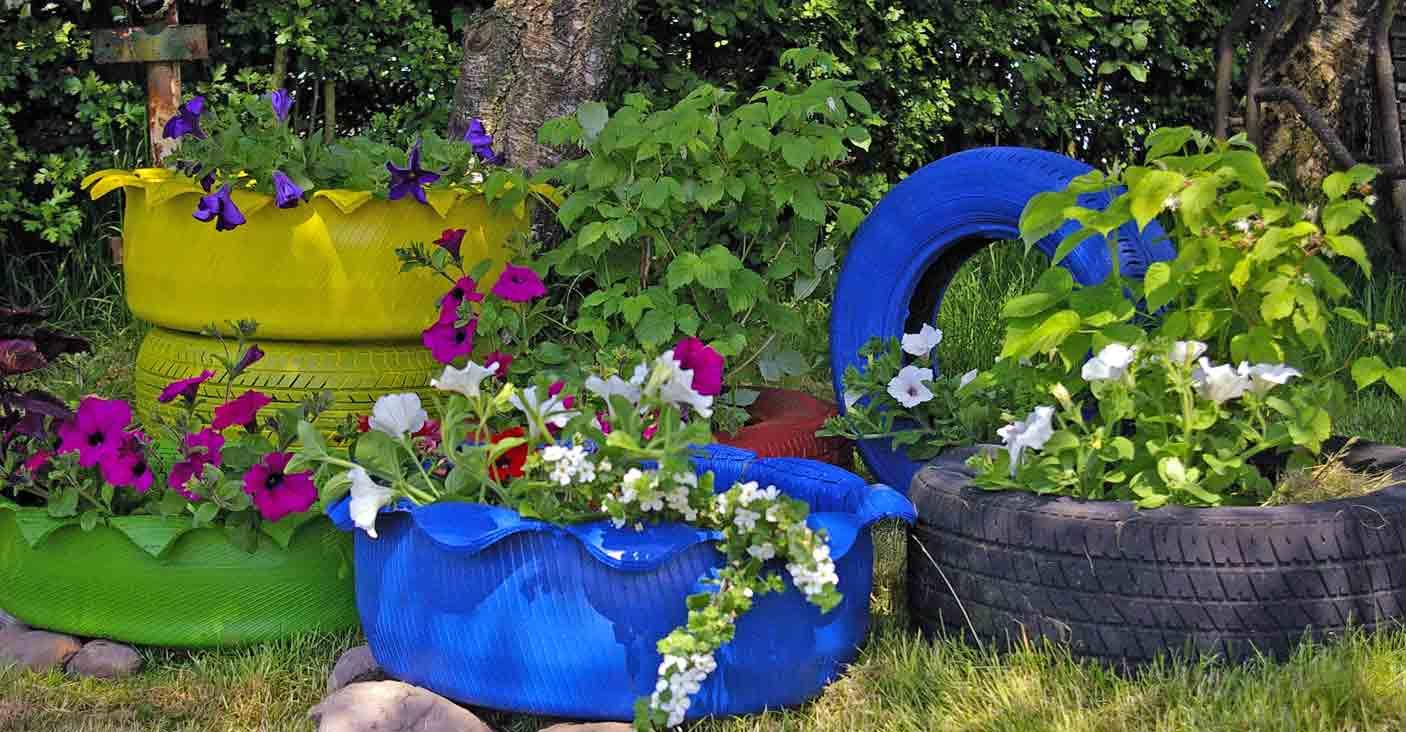 alte Autoreifen  Recyclingkunst und der Versuch langsam und nachhaltig zu leben