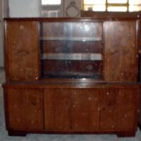 Schwarze Möbel, Schrank