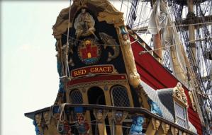 Das Heck der Red Grace