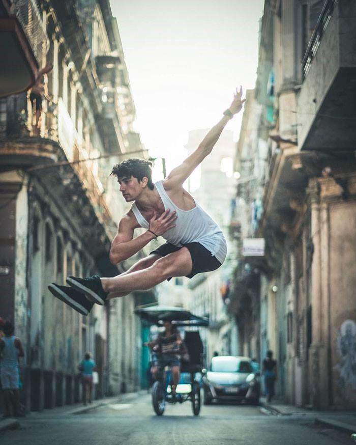 Bailarines en cuba