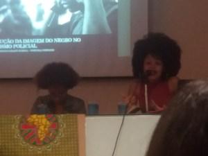 Da esquerda para a direita Michelli Oliveira e Erika Paixão.
