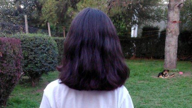 María, ya con el pelo corto, envió sus mechones por correo.