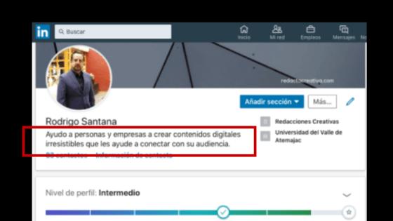 El titular de tu perfil Linkedln es muy importante porque en 120 caracteres tienes que transmitir la magia necesaria para conectar con posibles clientes