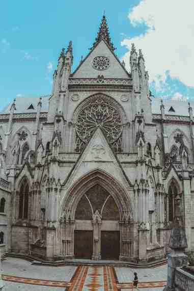 Basílica del Voto Nacional basilica in quito ecuador