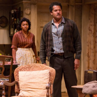 A Raisin In The Sun TRTC 9-17 121 A Raisin In The Sun, by Lorraine Hansberry Directed by Carl Cofield Two River Theatre Company 9/8/17 Set Design: Christopher and Justin Swader Lighting Design: Kathy A. Perkins Costume Design: Clivia Bovenzi Wig Design: Valerie Gladstone Photo Credit: T Charles Erickson © T Charles Erickson Photography tcepix@comcast.net